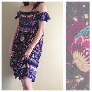 Dresses & Skirts - Floral Dress Wear On / Off Shoulders